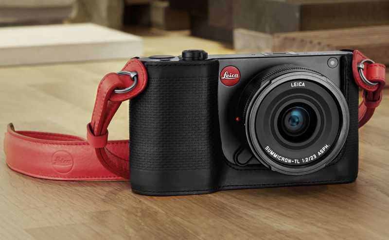 Though small in size, the Leica TL2 camera performs just as well as the big boys