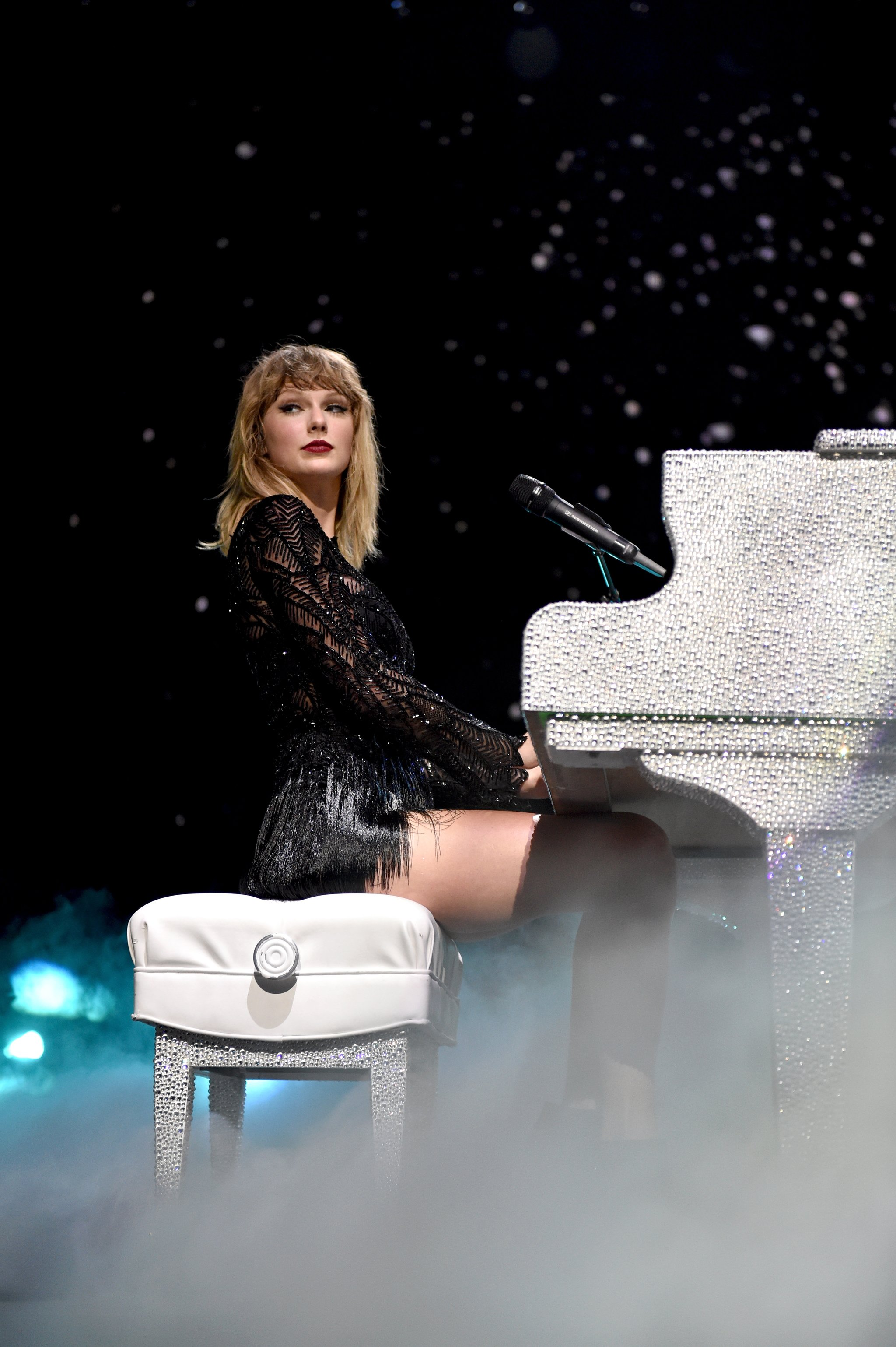 Taylor Swift Spoke to My Soul, Until I Grew Up — and She Didn't
